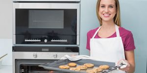 Electric Oven Baking & Cleaning Tips