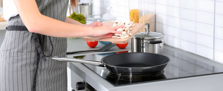 The pros and cons of ceramic hobs repair aid london ltd for Glass cooktops pros and cons